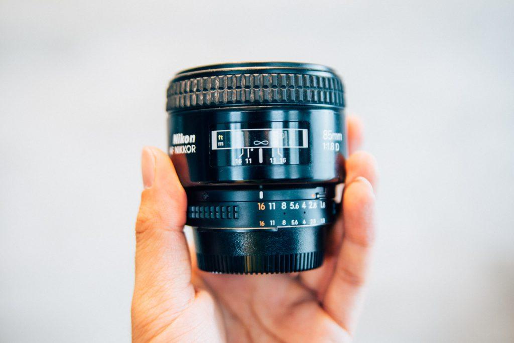 独特の世界観。「Nikon Ai AF Nikkor 85mm F1.8D」の魅力を紹介します。