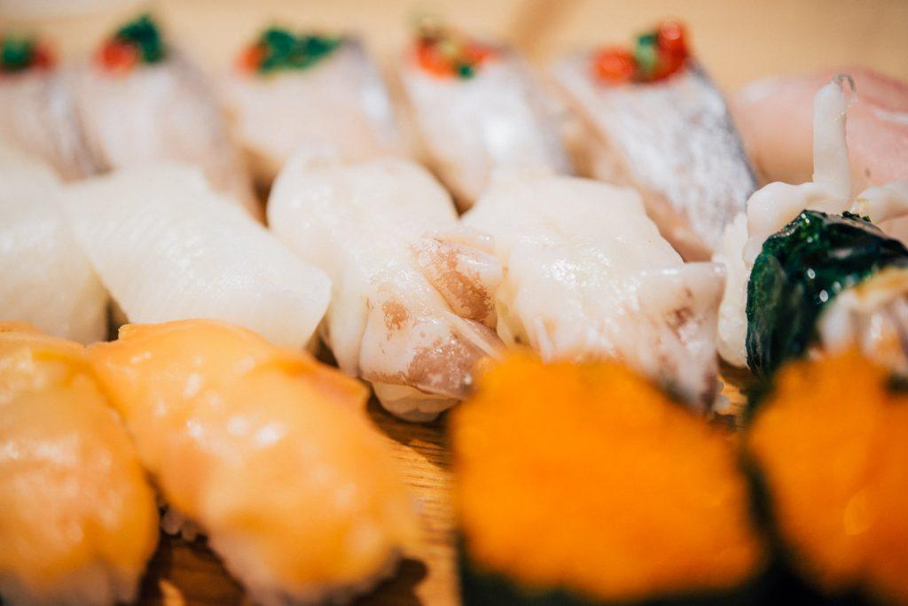 銀座の「雛鮨」で夢の高級寿司食べ放題を体感しましょう!